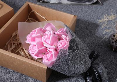 188-36 Букет роз с мыльными лепестками