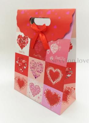 7071 Пакет подарочный с сердечками, картон