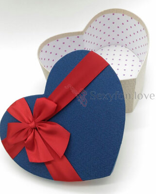 Ф633 Коробка-сердце синяя крышка, красная лента